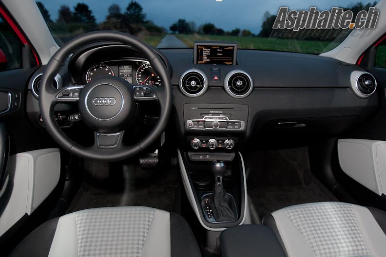 Essai Audi A1 tableau de bord