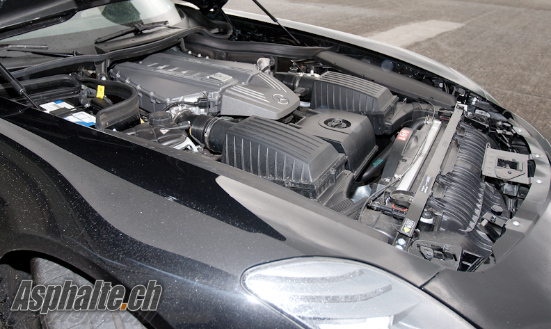 Essai Mercedes SLS AMG moteur