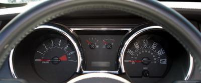Essai Ford Mustang V6 Cabriolet compteurs