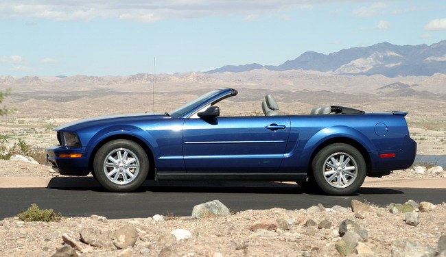 Essai Ford Mustang V6 Cabriolet