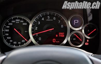 Essai Nissan GT-R 2009 compteurs