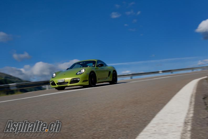 Test Porsche Cayman R 987 Peridot Green