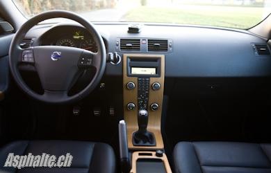 Essai Volvo V50 Multifuel intérieur