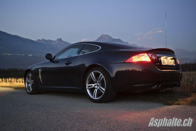 Essai Jaguar XKR mk2