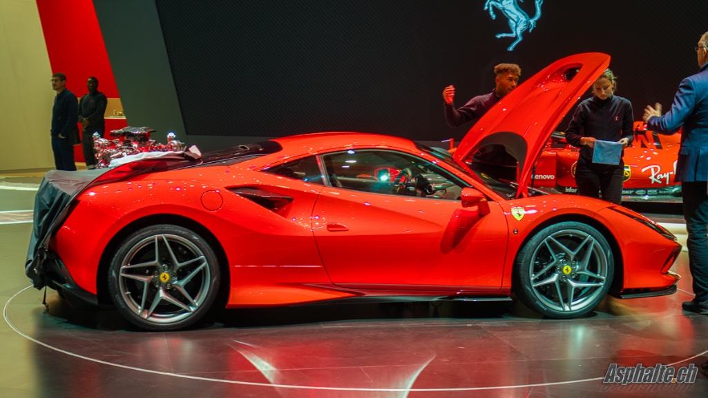 Ferrari-F8-Tributo02.jpg
