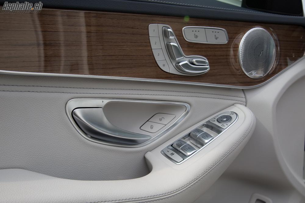Test Mercedes C220 T Bluetec W205 intérieur