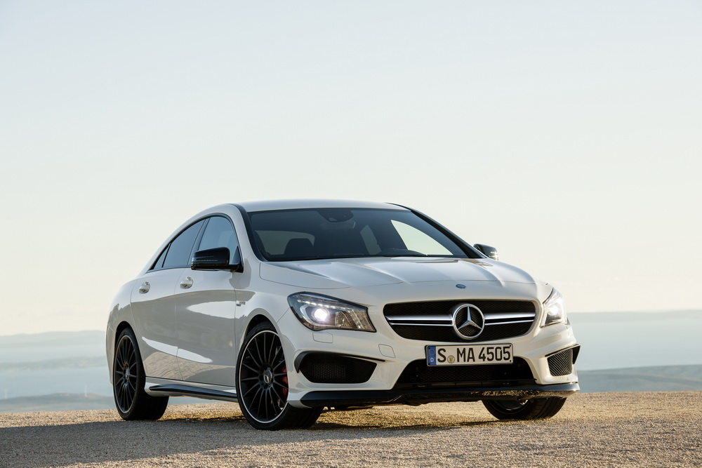 mercedes cla 45 amg. Black Bedroom Furniture Sets. Home Design Ideas