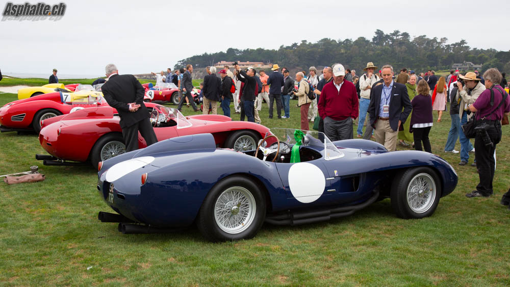 Pebble Beach 2014 20 Ferrari 250 Testa Rossa Sur Le Green