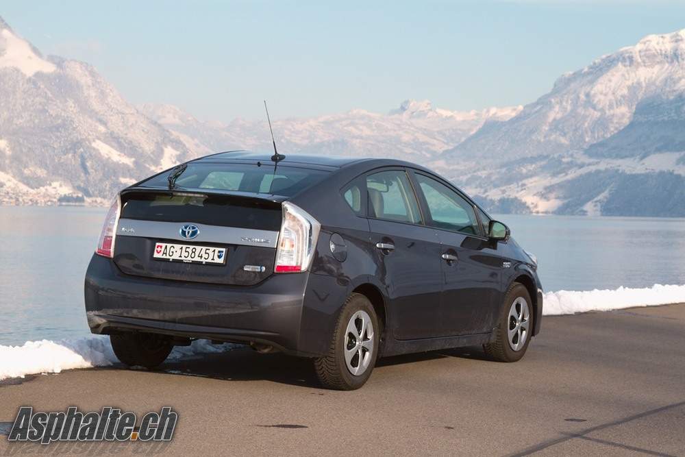 Prius On Steroids >> Road Test Toyota Prius 3 Plug In Hybrid Page 2 Of 5 Asphalte Ch