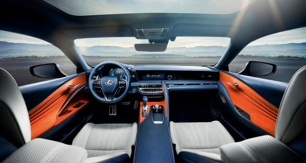 Lexus LC500h: intérieur