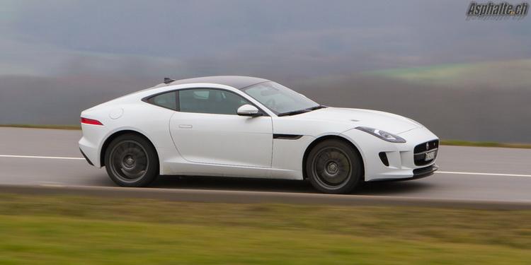 Essai Jaguar Type F V6S Coupe AWD