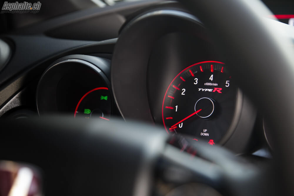 Essai Honda Civic Type R FK2 compte tours