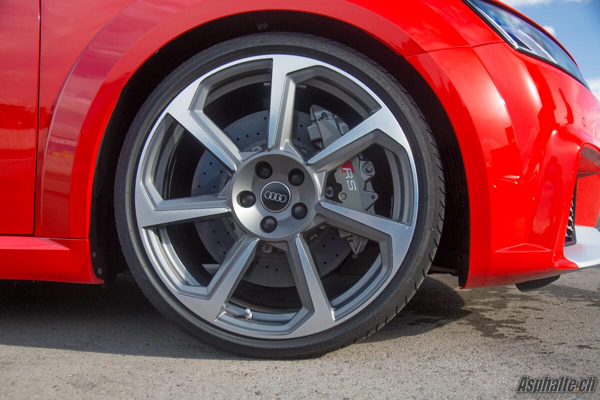 Audi TT RS freins carbone céramique
