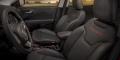 Jeep Compass Trailhawk intérieur cuir logo brodé