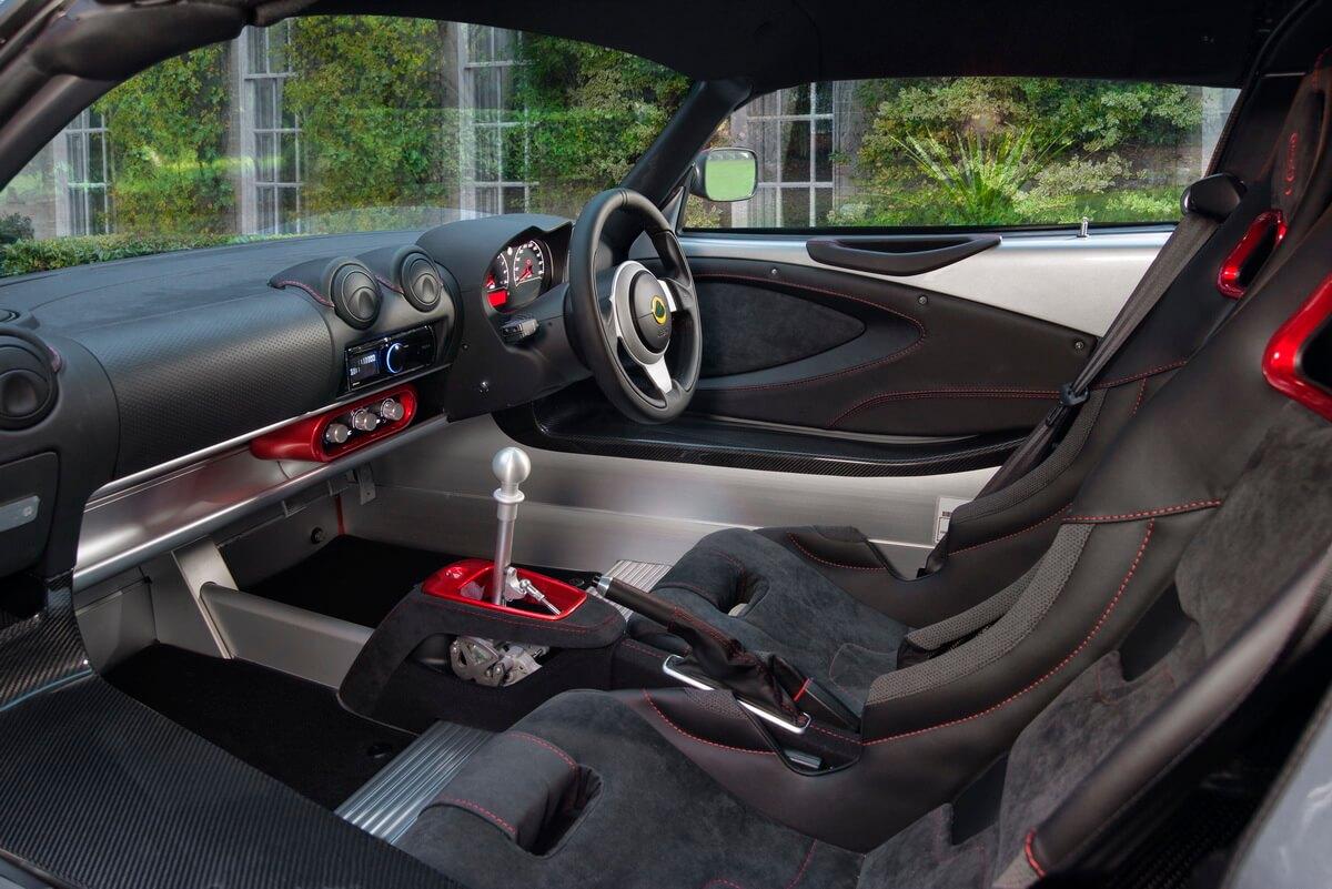 Lotus Exige Sport 380 intérieur
