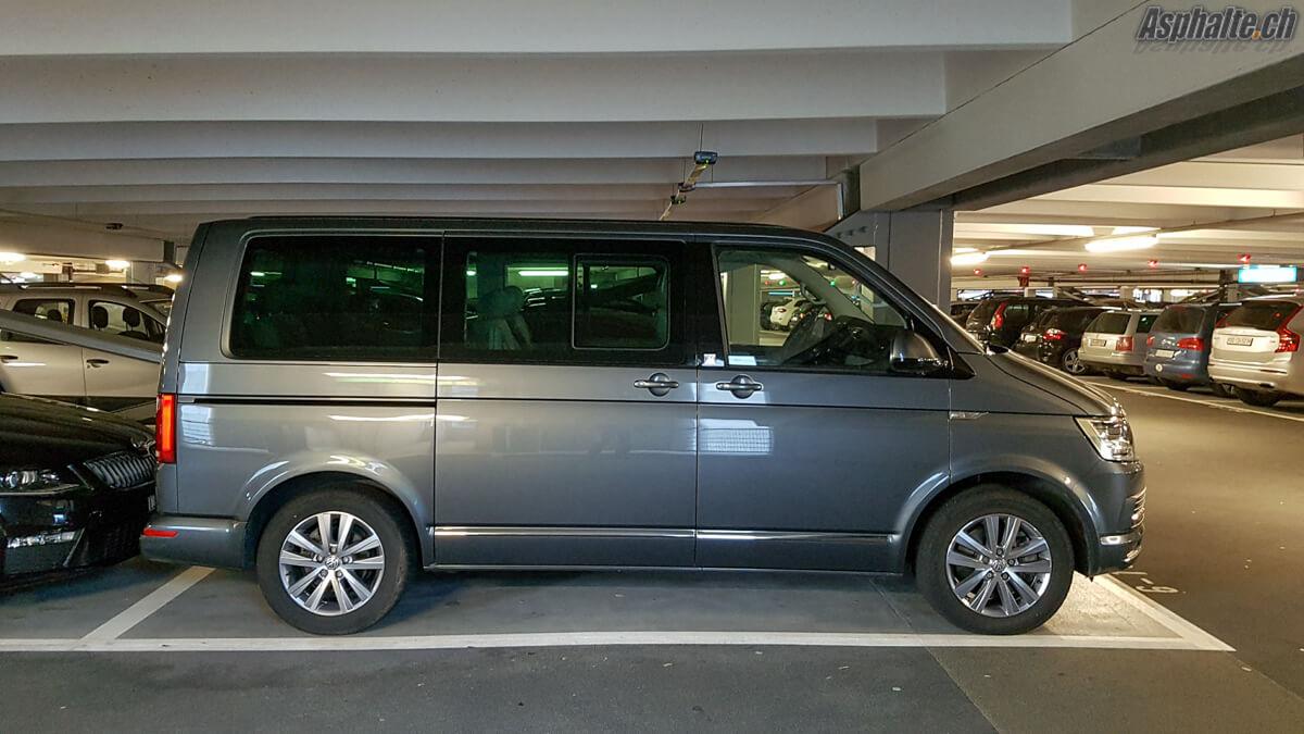 VW Multivan T6 parking aéroport Zürich