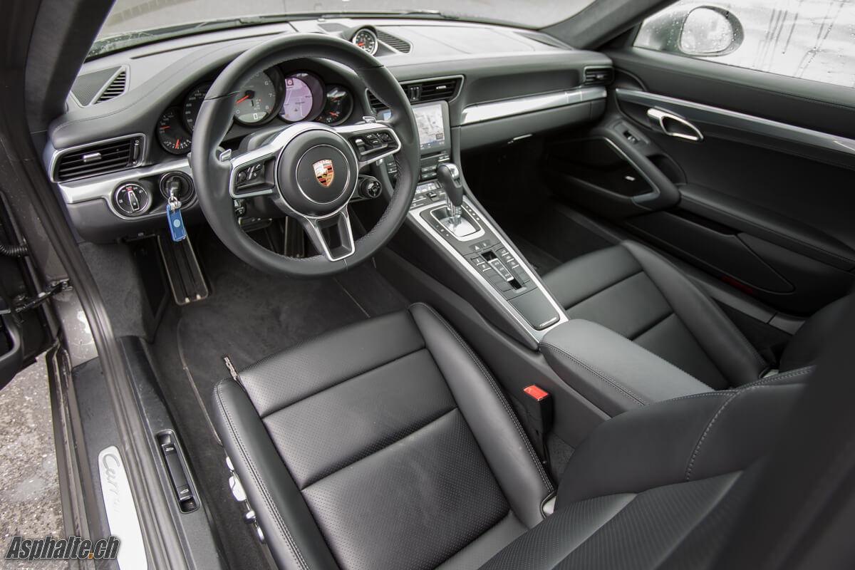 Essai Porsche 991.2 Carrera 4S intérieur