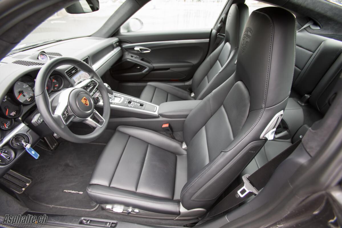 Essai Porsche 911 991.2 Carrera 4S intérieur