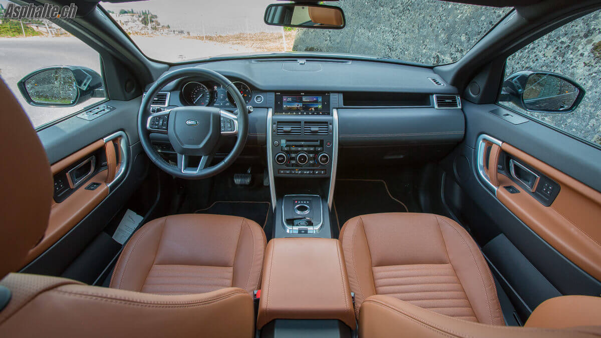 Essai Land Rover Discolvery Sport intérieur tan windsor leather
