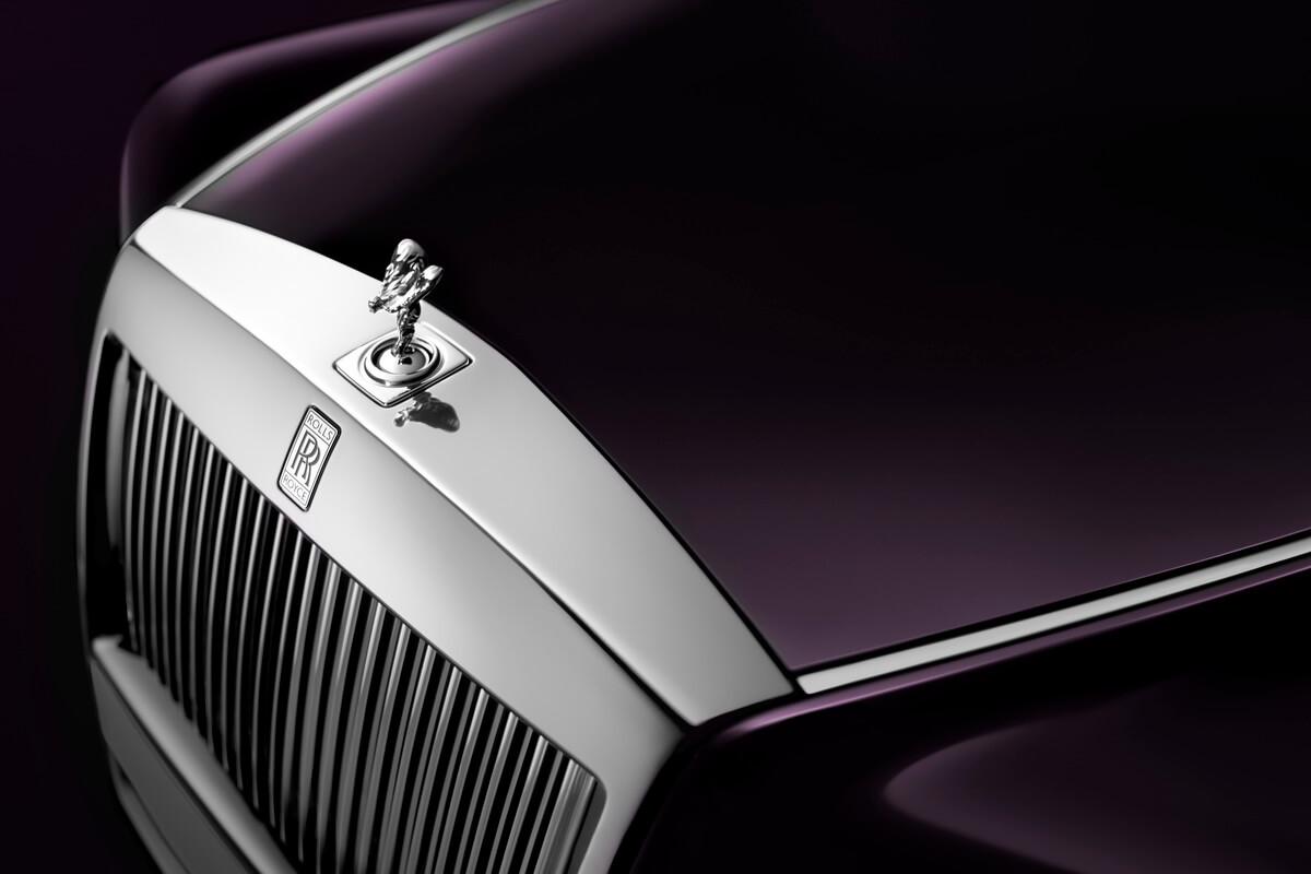 Rolls Royce Phantom 8 calandre