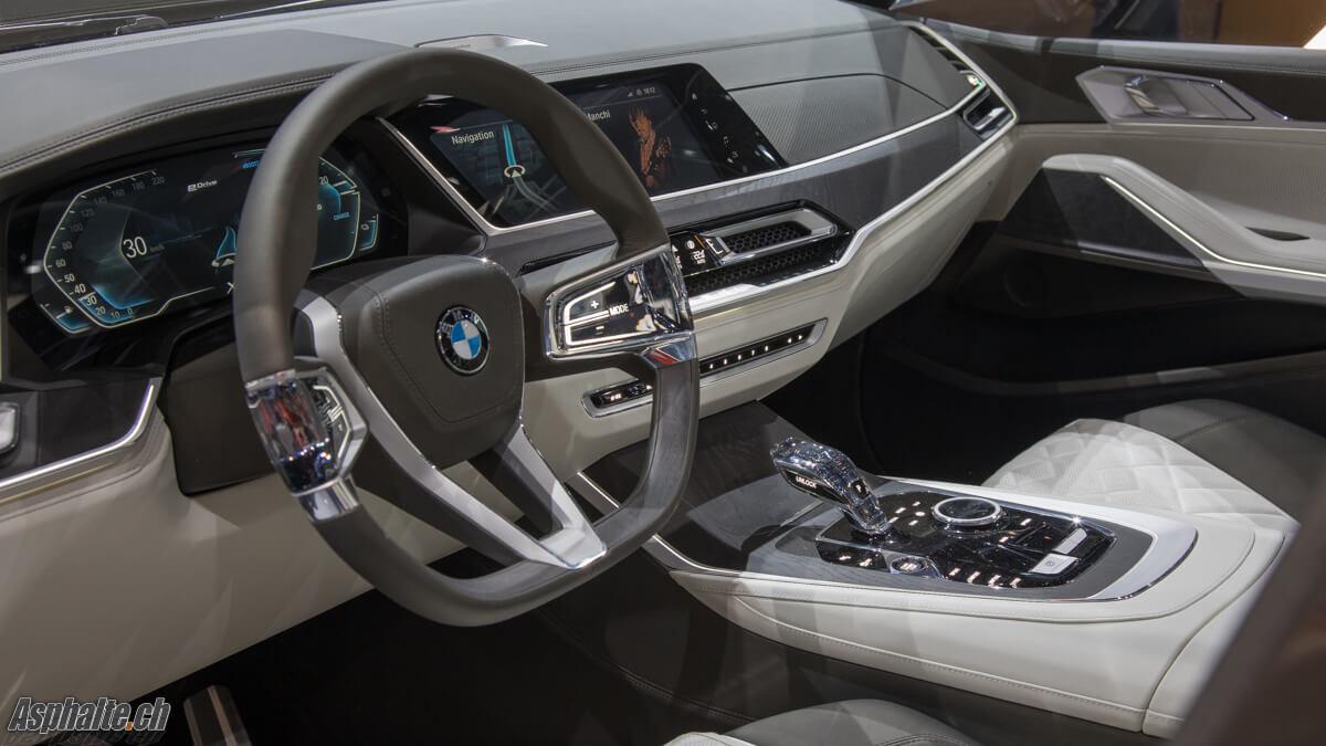 BMW X7 Concept tableau de bord