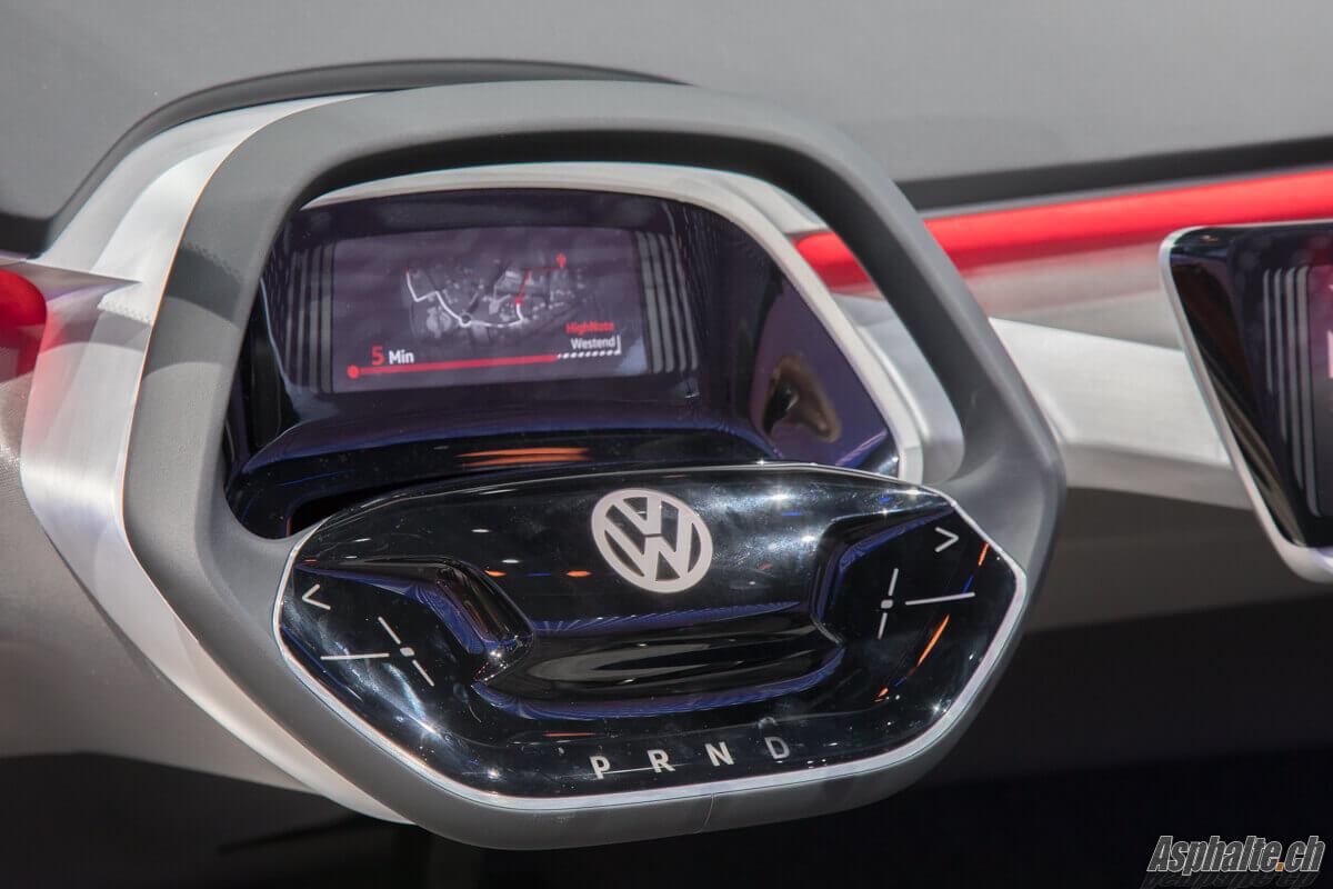 VW I.D. Crozz Concept volant rétractable