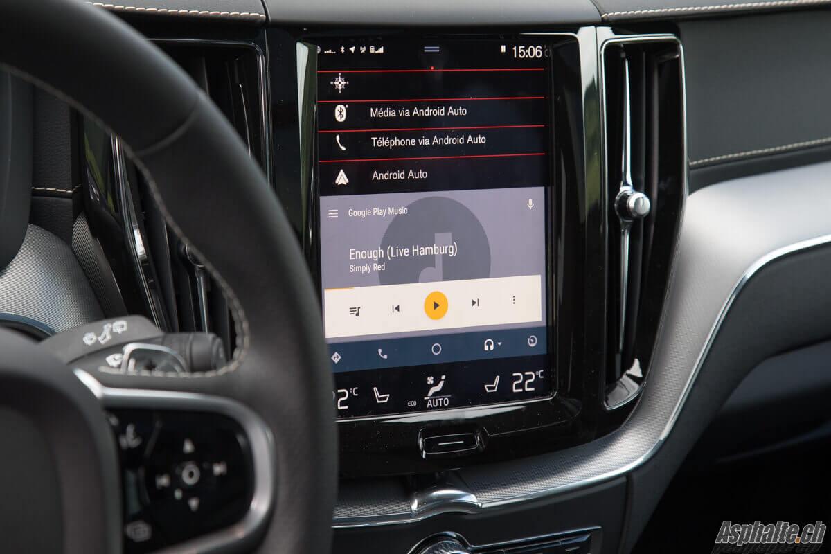 Essai Volvo XC60 T8 interface multimédia Sensus
