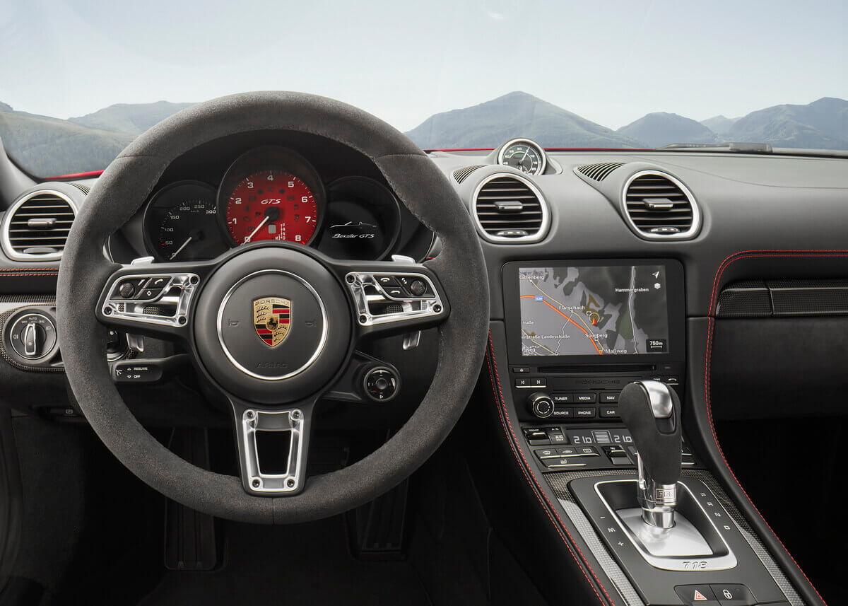 Porsche 718 Cayman GTS intérieur