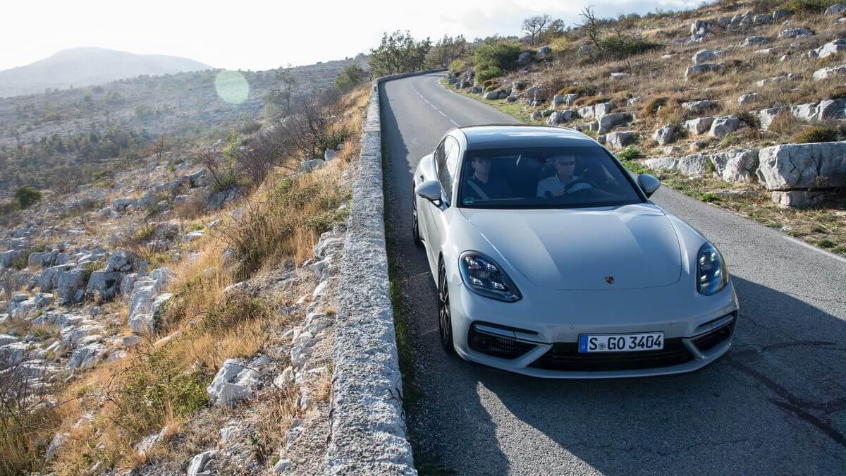 Essai Porsche Panamera Turbo Sport Turismo