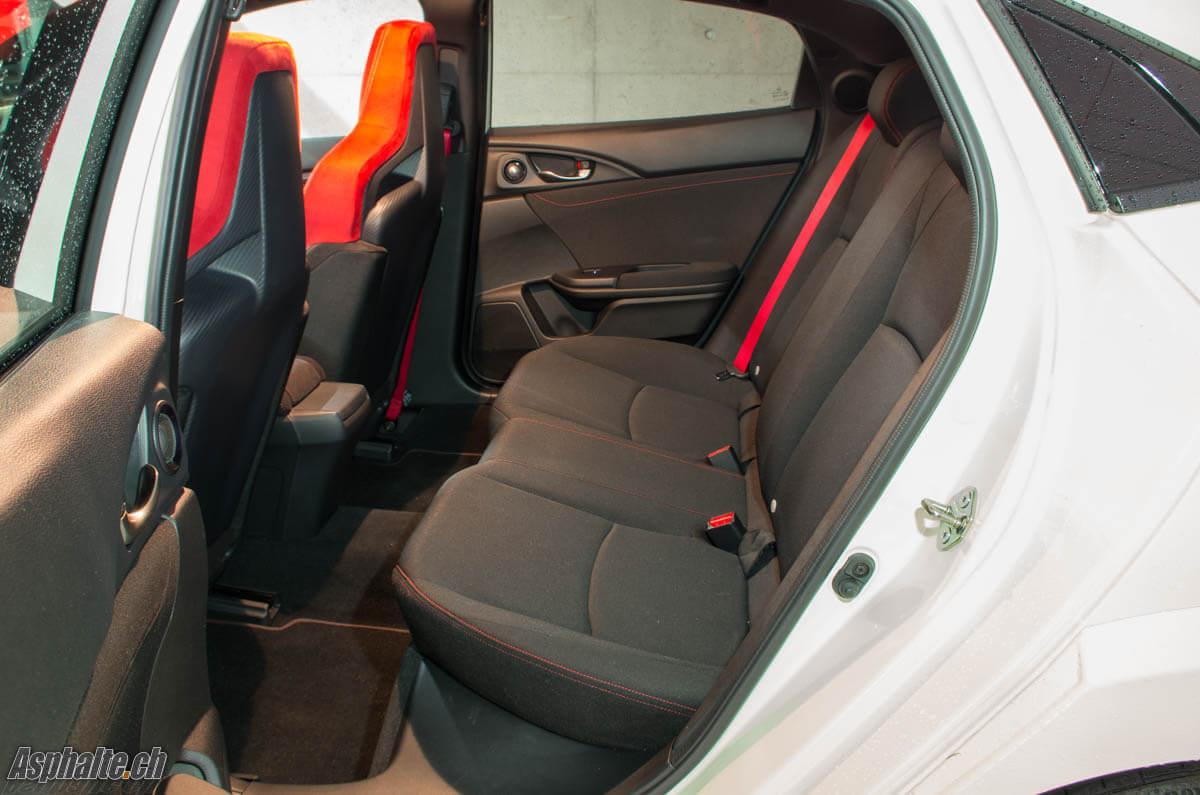 Essai Honda Civic Type R FK8 sièges arrière