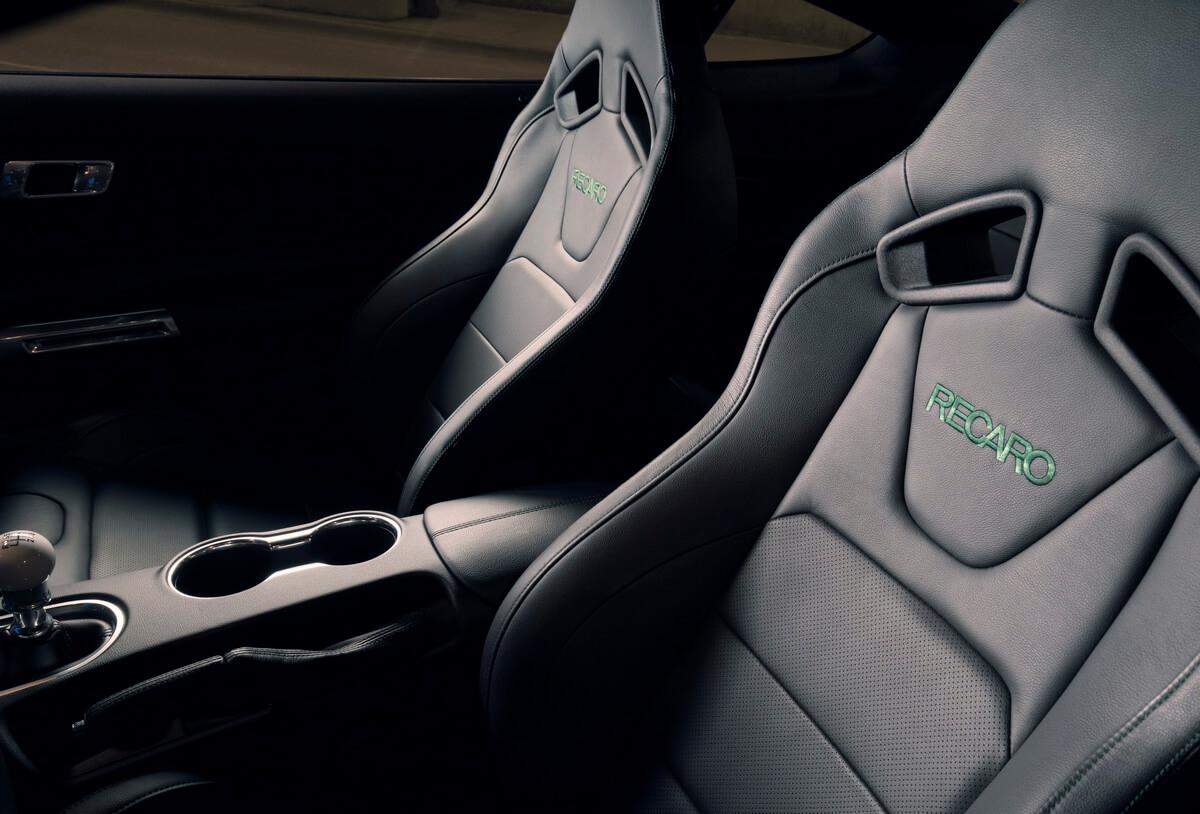 Ford Mustang Bullitt 2019 sièges Recaro