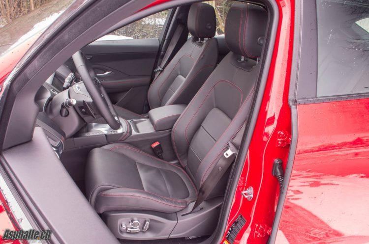 Essai Jaguar E-Pace intérieur
