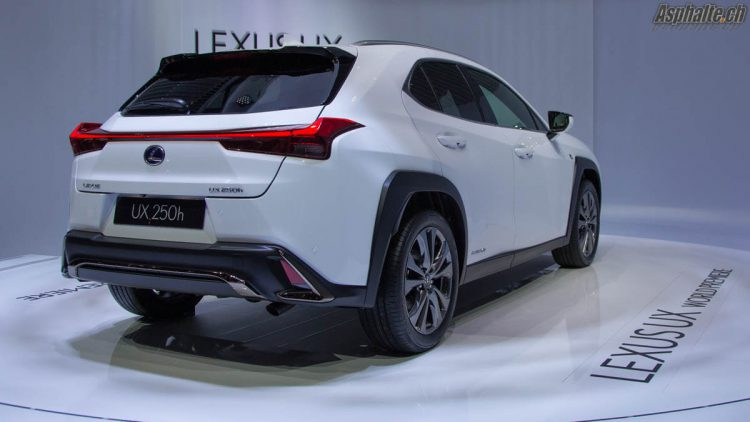 Genève 2018 Lexus UX