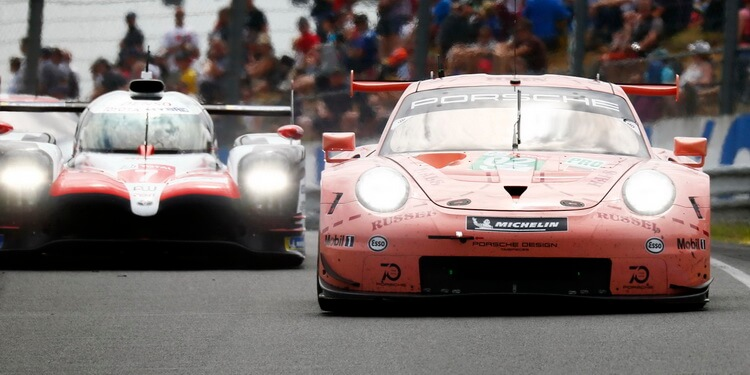 24 heures du mans toyota la barre porsche la bagarre. Black Bedroom Furniture Sets. Home Design Ideas
