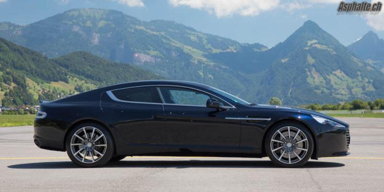 Essai Aston Martin Rapide S Ultramarine Black