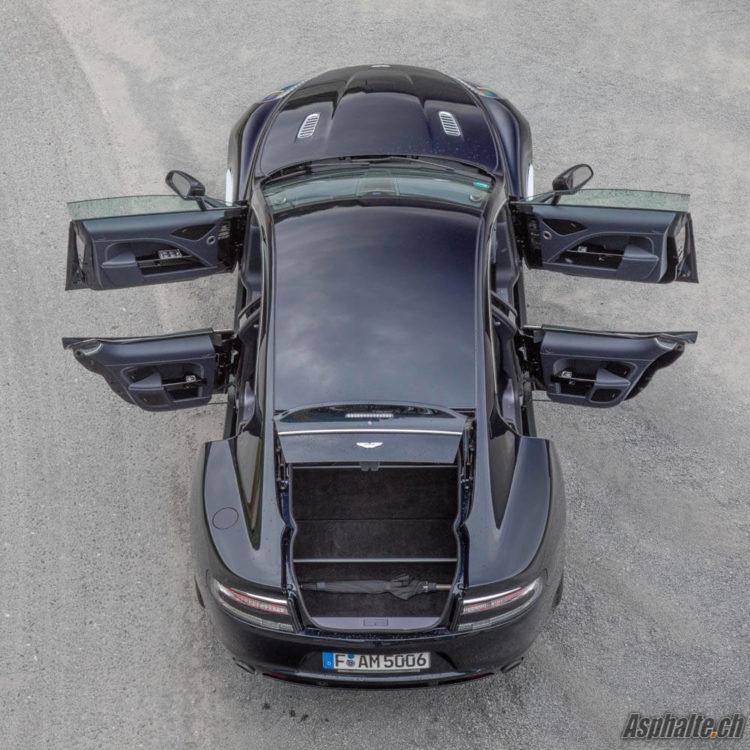 Essai Aston Martin Rapide S Ultramarine Black portes