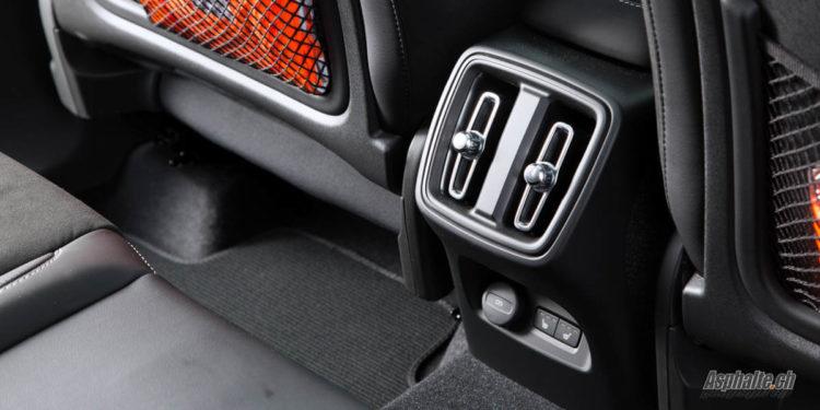 Essai Volvo XC40 T5 intérieur ventilation