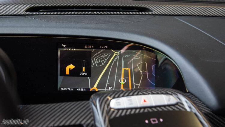 Essai Porsche 918 Spyder écran navigation caméra de recul