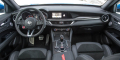 Alfa Romeo Stelvio Quadrifoglio intérieur tableau de bord