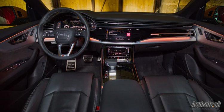 Essai Audi Q8 50 TDI intérieur tableau de bord