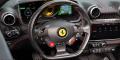 Essai Ferrari Portofino intérieur volant carbone